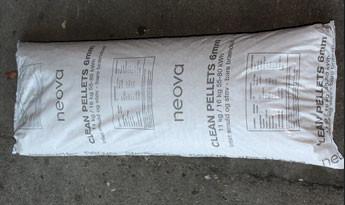 Clean Pellets 6 mm 896 kg i 16 kg sække